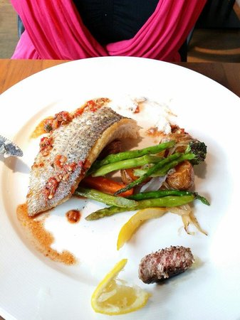 Bull and Butcher : Sea bass... Cooked to perfection. Except one asparagus was too tough. (does not come with a cube
