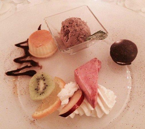 Hotel Rischli: Dessert au repas du soir