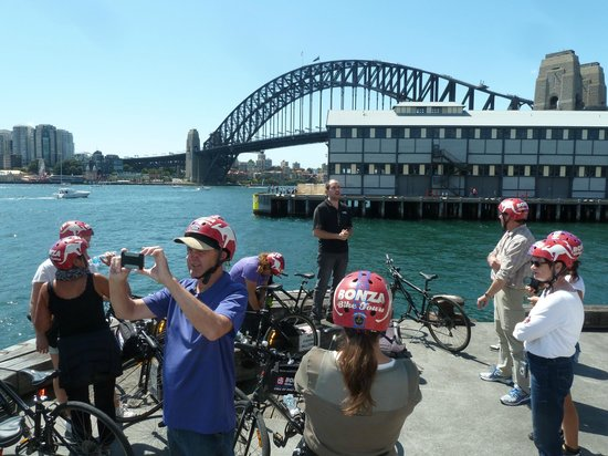 Bonza Bike Tours: Discussing the Bridge