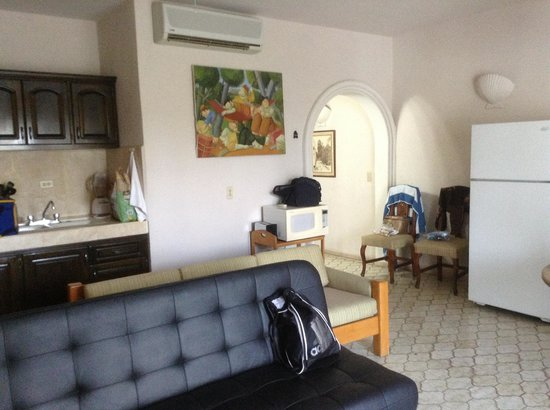 Club El Moro: This is a one bedroom suite with a real refrigerator!