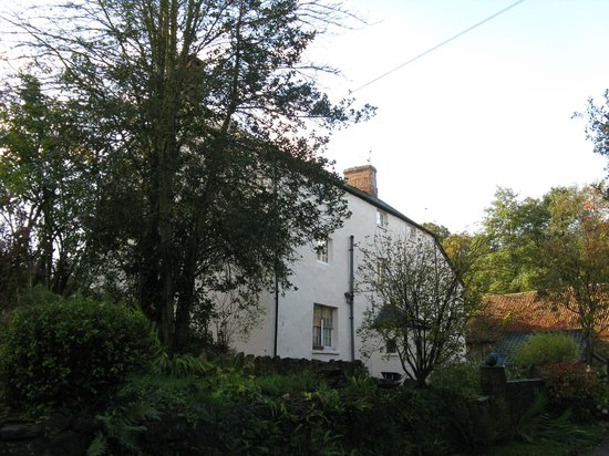 Church Farm Guest House: House from Front