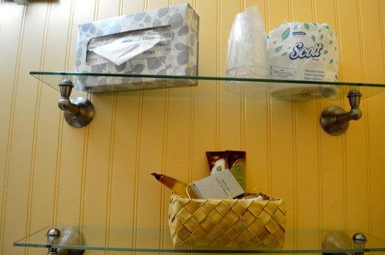 The Plantation Inn : Bathroom supplies
