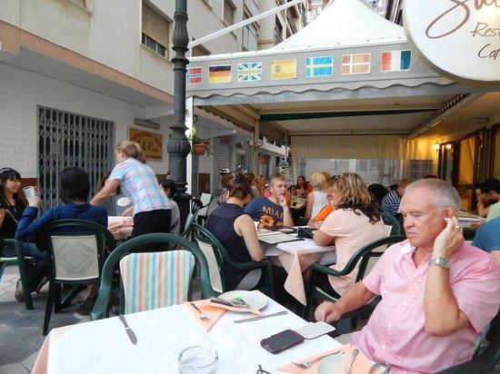 Sabina: Ресторан всегда полный довольными посетителями