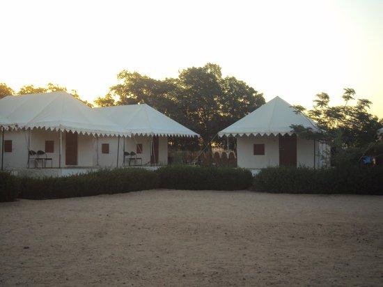 Hotel Vallabh Darshan: The Desert Camp