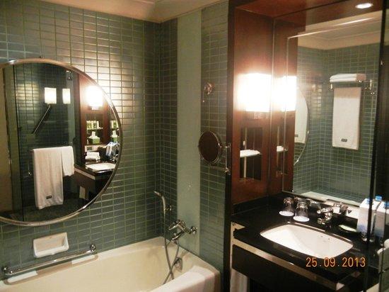 The Westin Grande Sukhumvit: Bath room