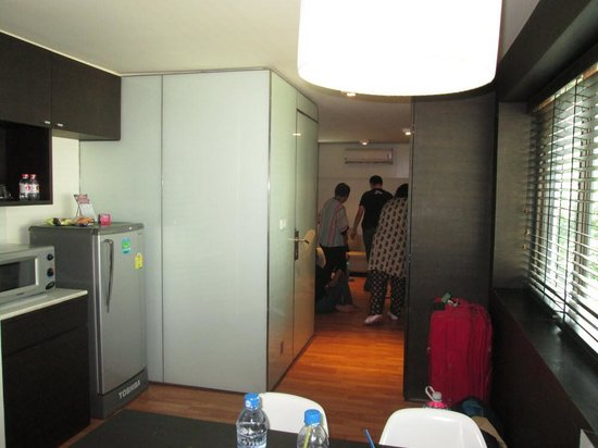 I-Residence Hotel Silom : the kitchen