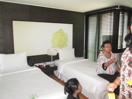 I-Residence Hotel Silom : my mother in law loves the bed