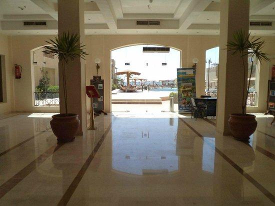 Imperial Shams Abu Soma Resort: ресепшн