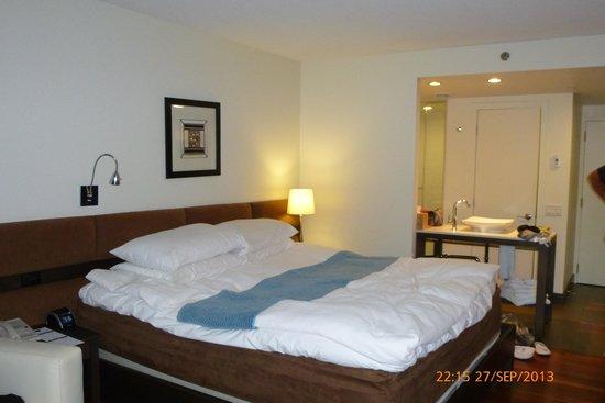 Hotel Le Bonne Entente: La chambre
