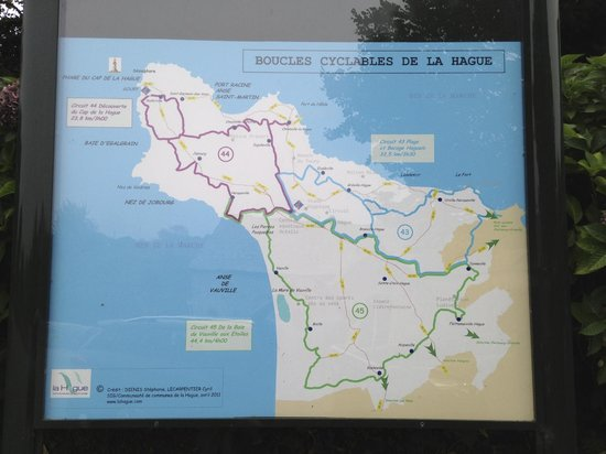 Hotel L'Erguillere : by foot and by bike (bring your MTB)