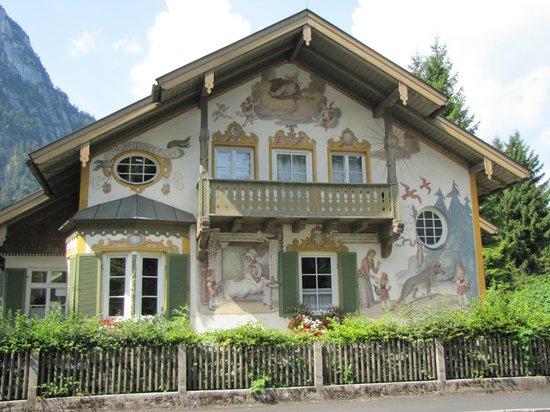 Pilatushaus : Casa dii Cappuccetto rosso