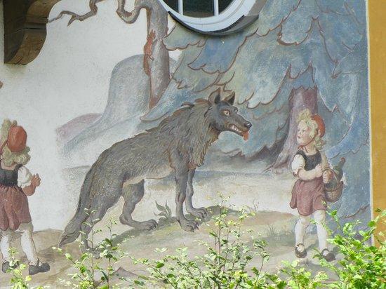 Pilatushaus: Casa dii Cappuccetto rosso: il lupo