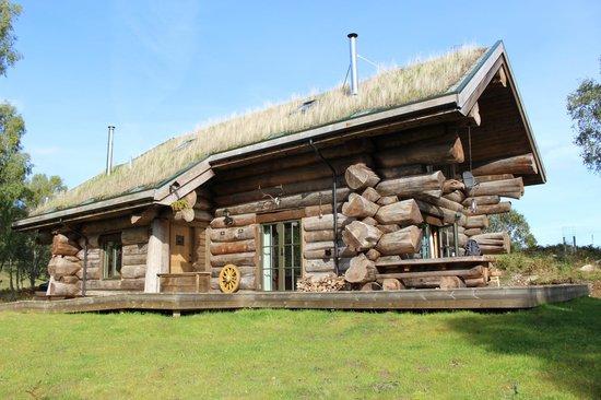"Eagle Brae : Our Log Cabin ""Sylvia"""