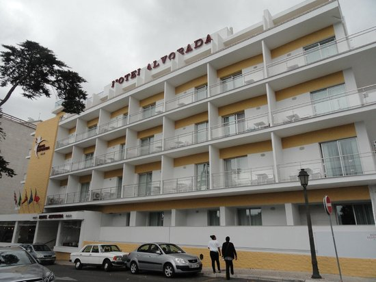 Hotel Alvorada: Hotel from outside