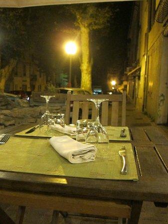 Chez Laurette: draußen