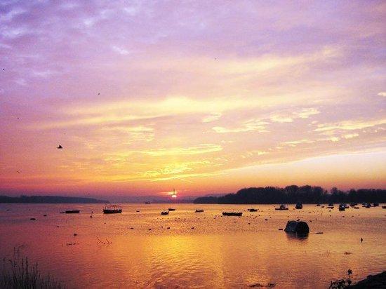 Great War Island : Lido Sunset