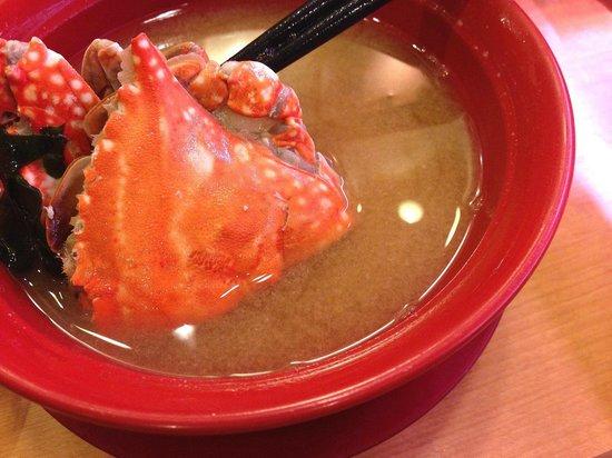Kappazushi Mitakaten: カニの味噌汁 189円
