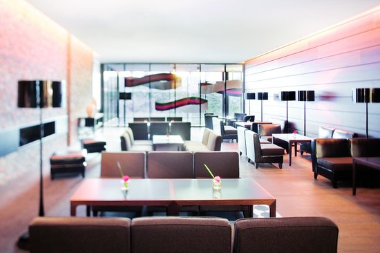 Movenpick Hotel Stuttgart Airport & Messe: Hotel lounge