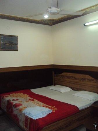 Ajay International Hotel: Room No. 106
