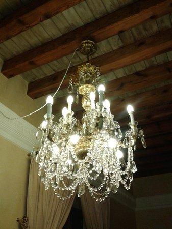 Hotel Casa 1800 Sevilla: Detalle de la decoración de la habitación