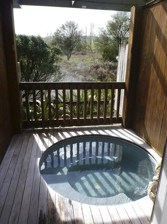 Waikite Valley Thermal Pools: private spa suite