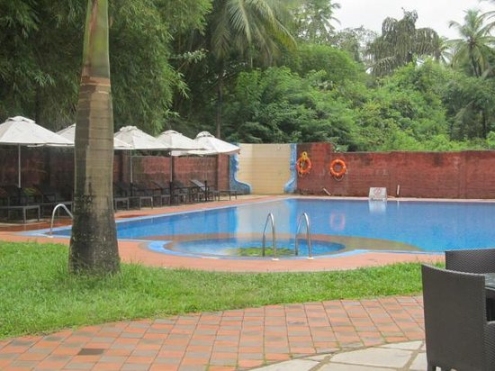 Villaggio Inn: Swimming Pool.