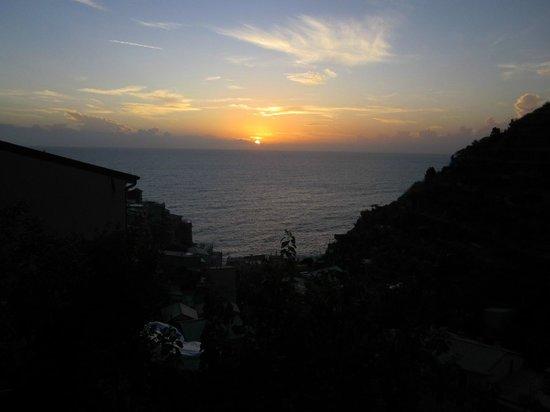 Hotel Marina Piccola: Sunset at Manarola from suite