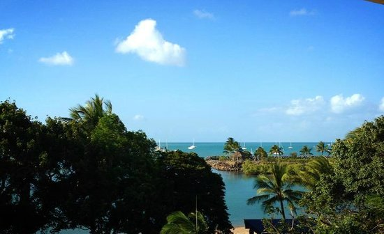 Airlie Beach Hotel : View from room, i wasn't even outside on balcony taking this