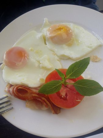 Inthira Vang Vieng: Yummy breakfast.