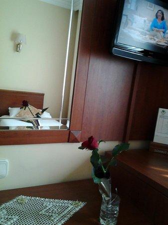 Golden Rest Hotel: удобный номер