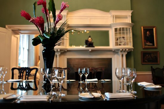 The Royal Park Hotel: Private Dining in the Green Room