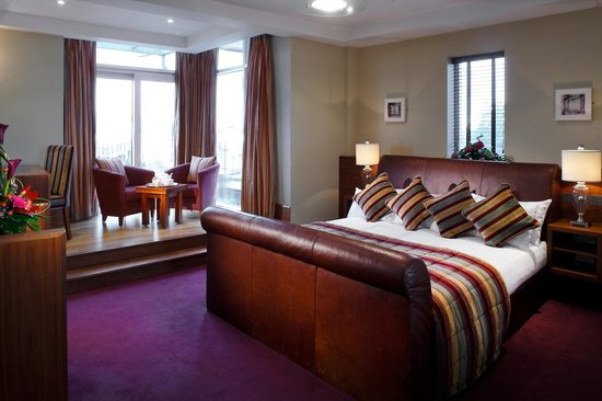 Tullamore court hotel now 90 was 9 9 updated - Cheap hotels in ireland with swimming pool ...