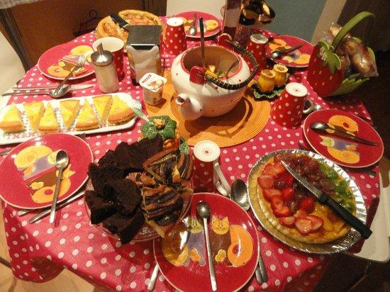 Pensao Royal: Amazing breakfast !!!
