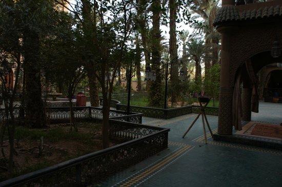 Palais Asmaa : Jardim