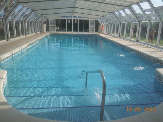 ILUNION Islantilla: La piscina climatizada, estupenda