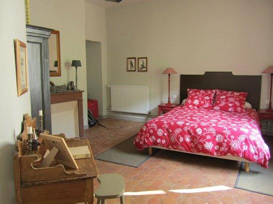 Domaine la Source des Fees : Terres Noires Bedroom