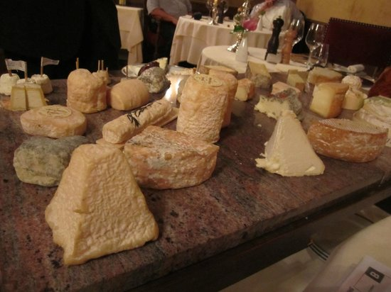 Château d'Igé : The Cheese Board
