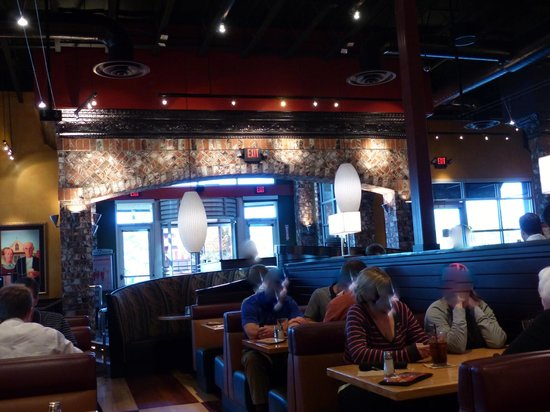 Bj S Restaurant Brewhouse Nice Dining Atmosphere