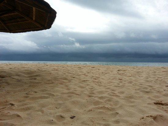 Arcadia Phu Quoc Resort: @ the beach before the storm