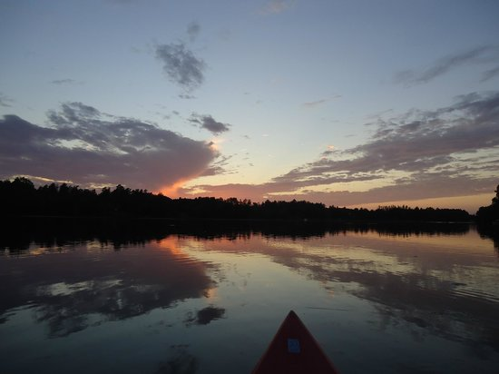 Breezy Point Resort: Enjoying the sunset from a kayak.