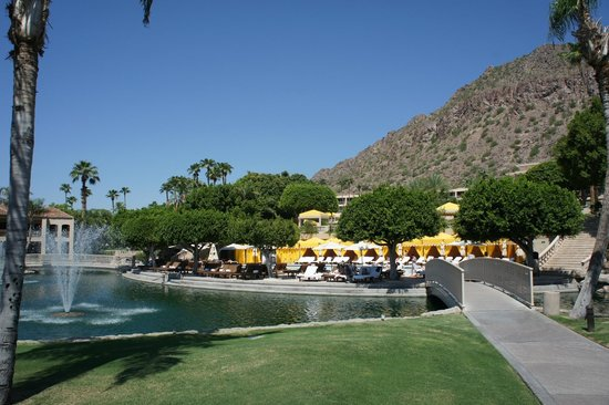 The Phoenician, Scottsdale: Phoenician Phoenix, view of the villa direction Camel Back