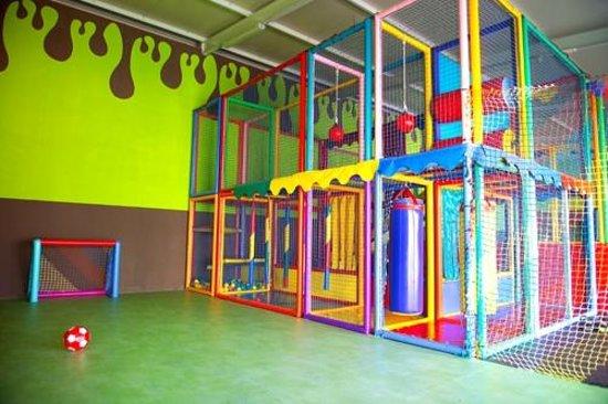 Campo de Fútbol -La Fabrica de Chocolate- el mejor parque infantil de Mallorca Palma Llucmajor