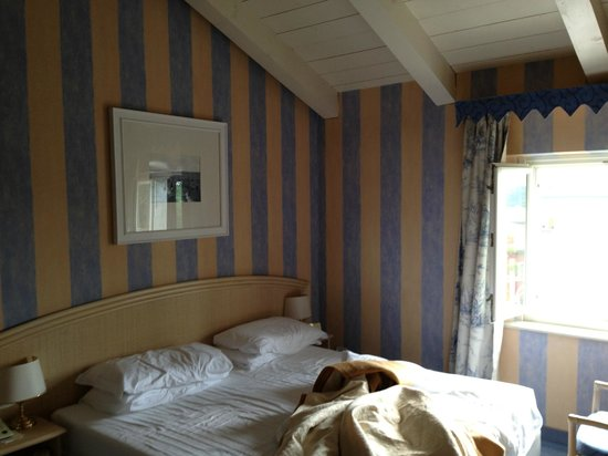Grande Albergo Ausonia & Hungaria : Bedroom view1