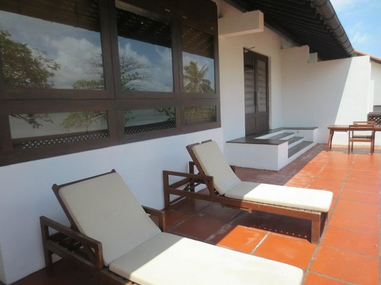 Jetwing Lagoon : terrasse de la suite