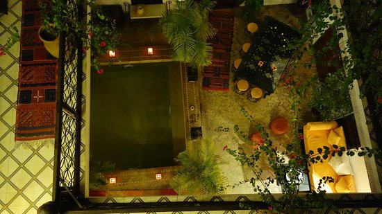 Riad Les Nuits de Marrakech : Plunge pool from first floor
