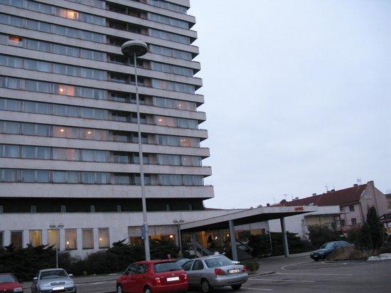 Hotel Cernigov: Отель