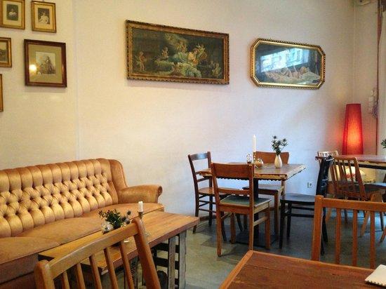 "KRONE, kitchen & coffee : Wie bei ""Omma"""