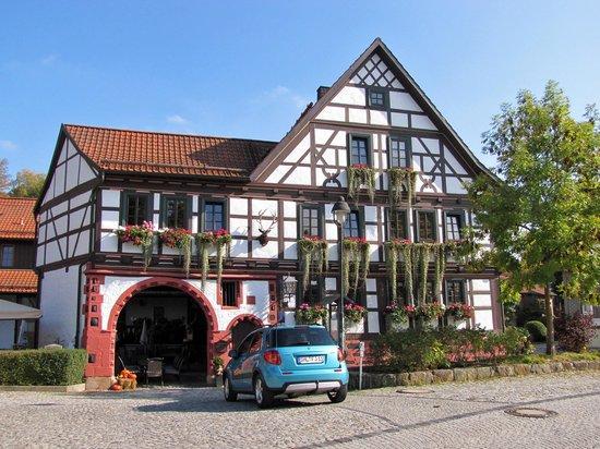 Hotel Goldener Hirsch: Hauthaus mit Restaurant