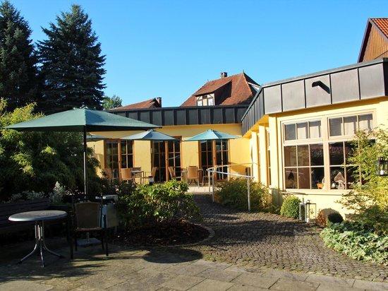 Hotel Goldener Hirsch: Anbau Rückseite, Frühstück