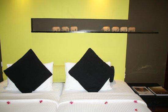 Deer Park Hotel : Chambre proche de la piscine et du restaurant